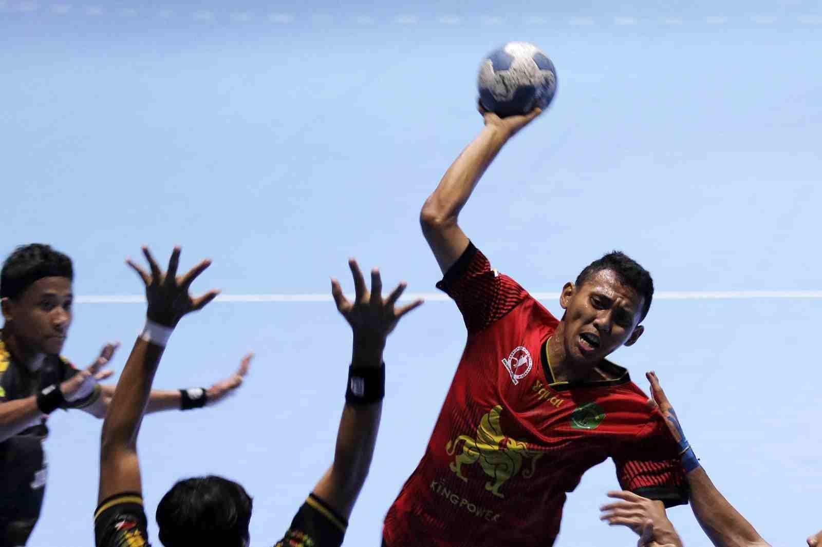 Bola Tangan Putri ke Final, Tim Putra Tumbang di Semifinal