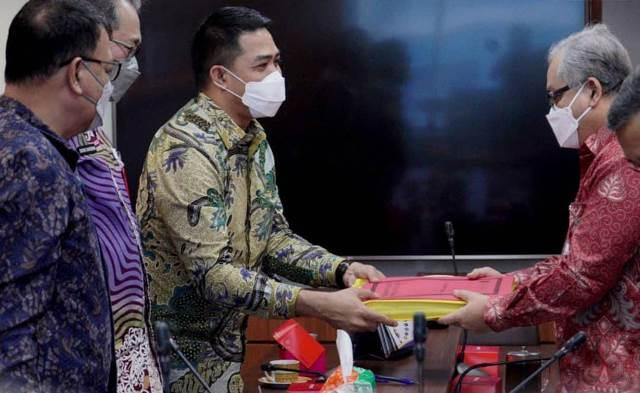 Walikota Andi Harun Bawa Persoalan Banjir Samarinda ke Kementerian PUPR di Jakarta