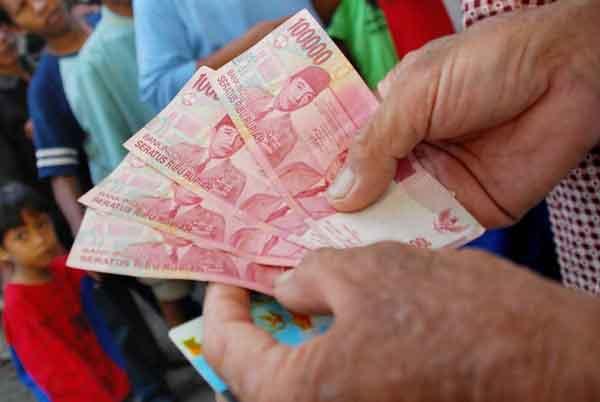 Silakan Ambil Bansos di PT Pos; Uang 600 Ribu dan Beras 10 Kg